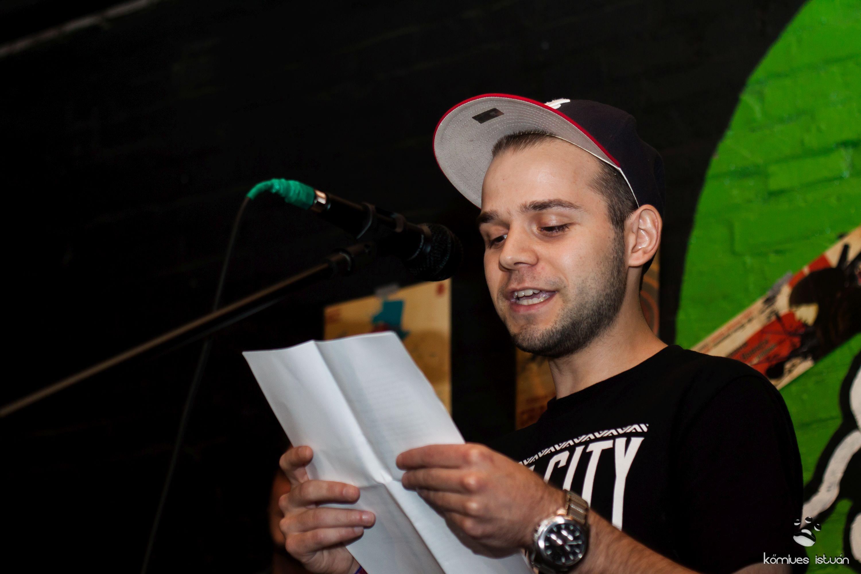 A II. Slam Poetry Bajnokság első továbbjutója Morar Róbert