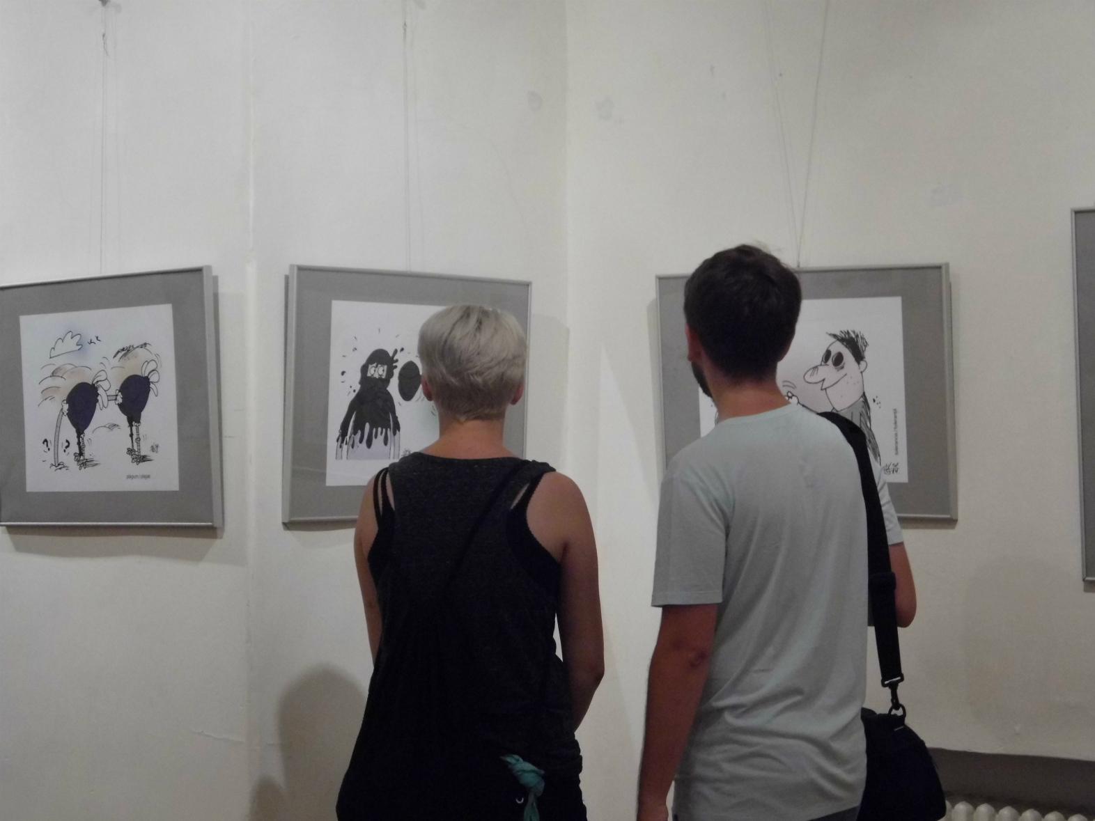 Könczey Elemér kiállításán